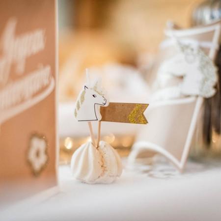 bougie-anniversaire-licorne-paillettes-or
