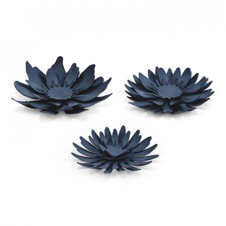 Décorations fleurs différentes bleues x 3