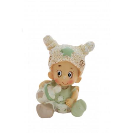 Figurine bébé avec biberon