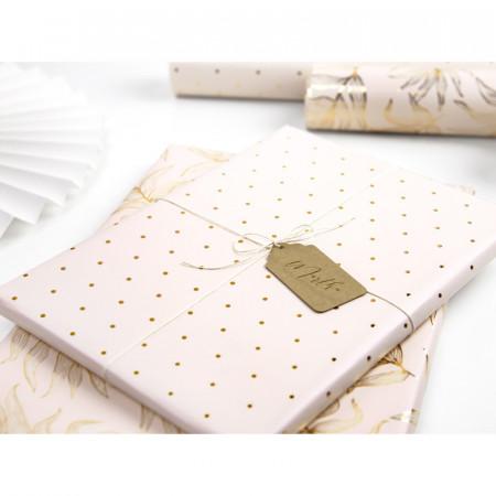 papier cadeau rose pâle et doré
