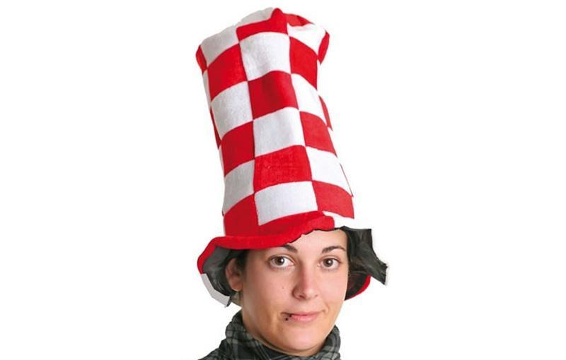 Chapeau haut damiers rouges et blancs