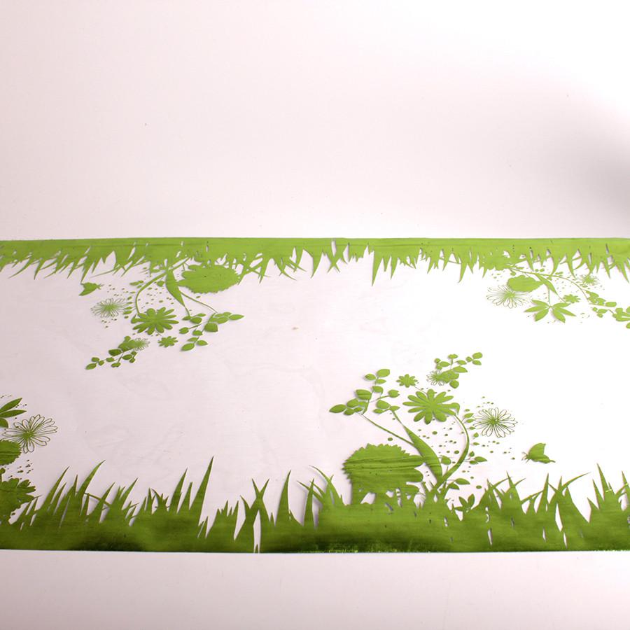 Chemin de table dessin jardin vert