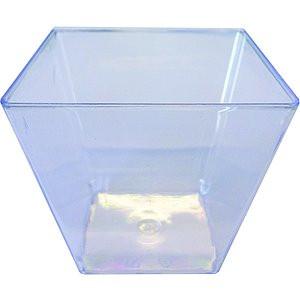Coupelles carrées en plastique