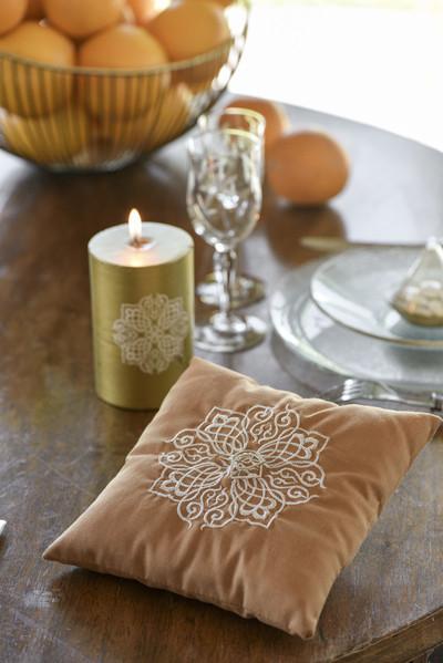 coussin alliance au meilleur prix du net d co th me oriental. Black Bedroom Furniture Sets. Home Design Ideas