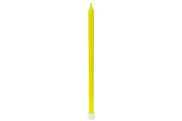 16 bougies fines jaunes + bobèches