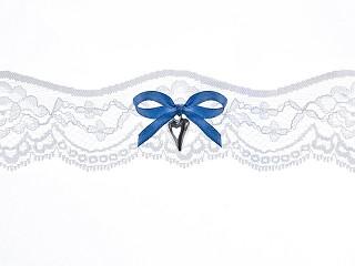 Jarretière en dentelle avec ruban et pendentif cœur - blanche