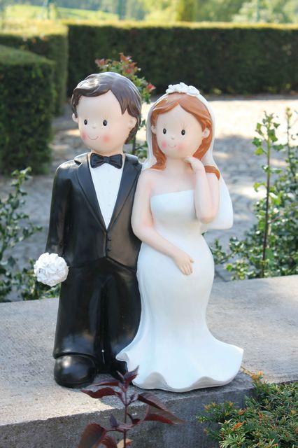 urne mariage pas cher et original le top des tirelires de mariage. Black Bedroom Furniture Sets. Home Design Ideas