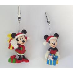 2 porte-noms Mickey et Minnie fêtent Noël