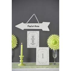 2 Eventails en papier dentelle vert anis 20 cm