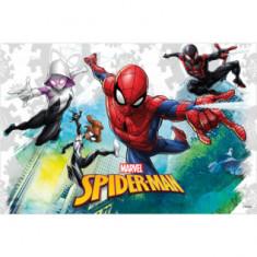 Nappe Spiderman - 120 x 180 cm