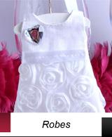 Quoi de plus original que d'offrir des dragées dans une robe ou une salopette ?