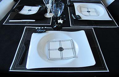 Assiettes jetable pas cher assiette mariage en carton ou for Assiette originale pas cher
