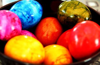 Oeufs de Pâques pour la chasse aux oeufs en chocolat