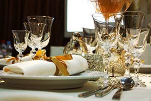 déco table mariage blanc et doré