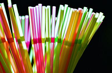 pailles en plastiques jetables